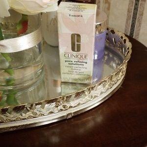 Clinique Foundation pore refining solution Light